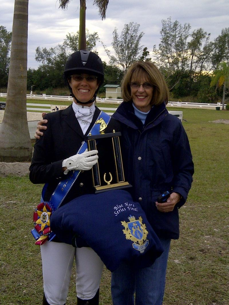 BLUE HORS CHAMPION WITH MARY ANNE McPHAIL, Top Gun's owner